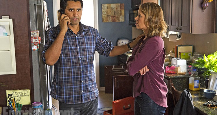 Travis (interpretado por Cliff Curtis) e Madison (interpretada por Kim Dickens)