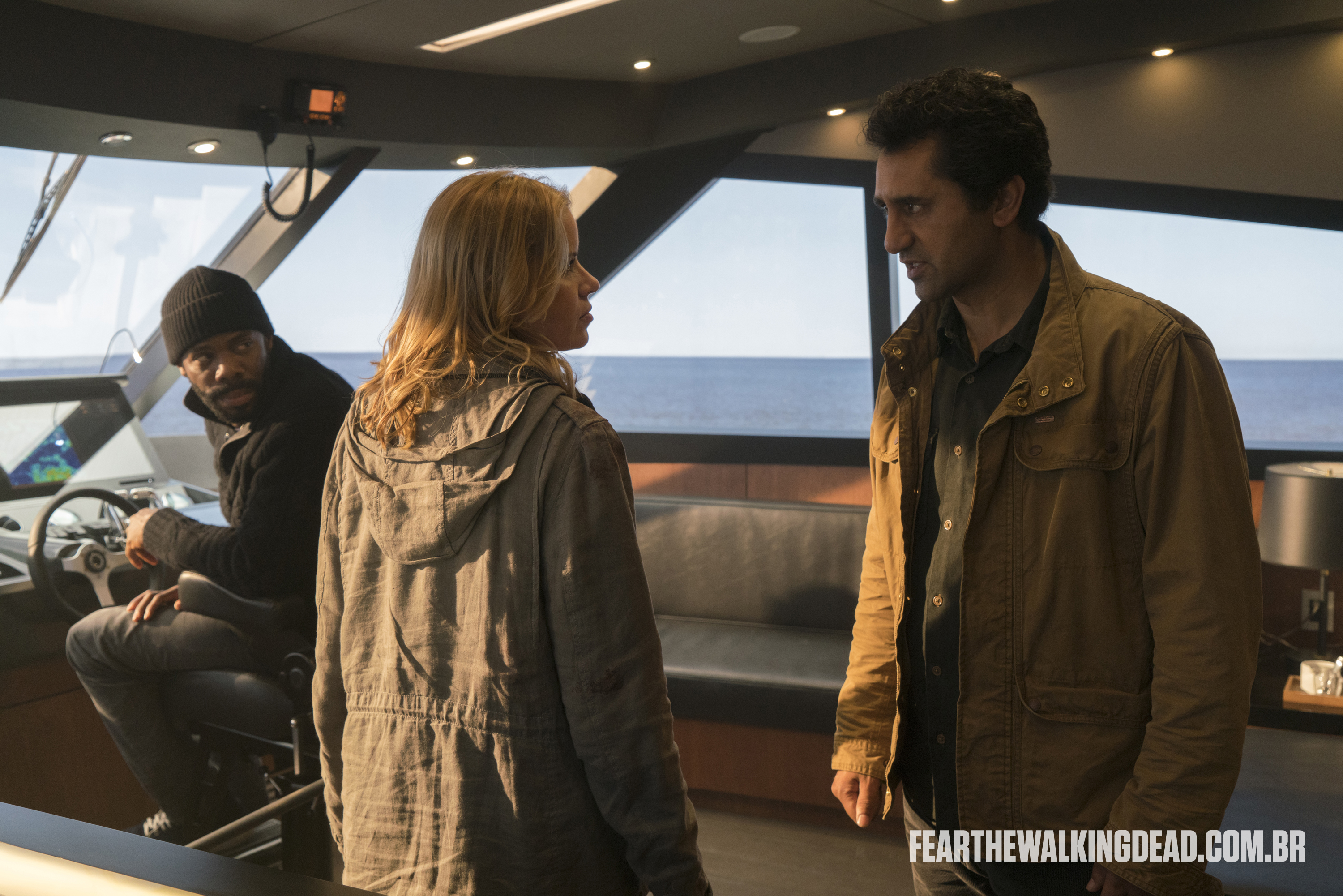 "Victor Strand, Madison Clark e Travis Manawa - Fear the Walking Dead S02E01 - ""No Safe Harbor"""