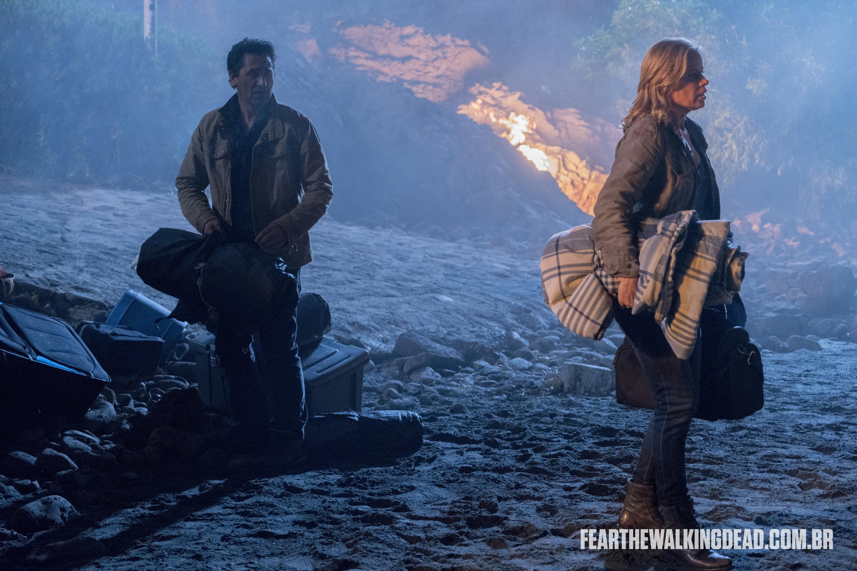 "Madison Clark e Travis Manawa - Fear the Walking Dead S02E01 - ""No Safe Harbor"""