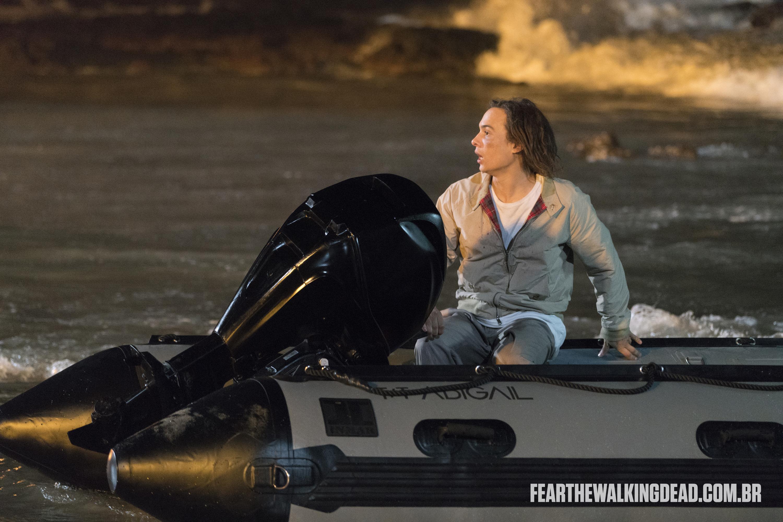 "Nick Clark - Fear the Walking Dead S02E01 - ""No Safe Harbor"""