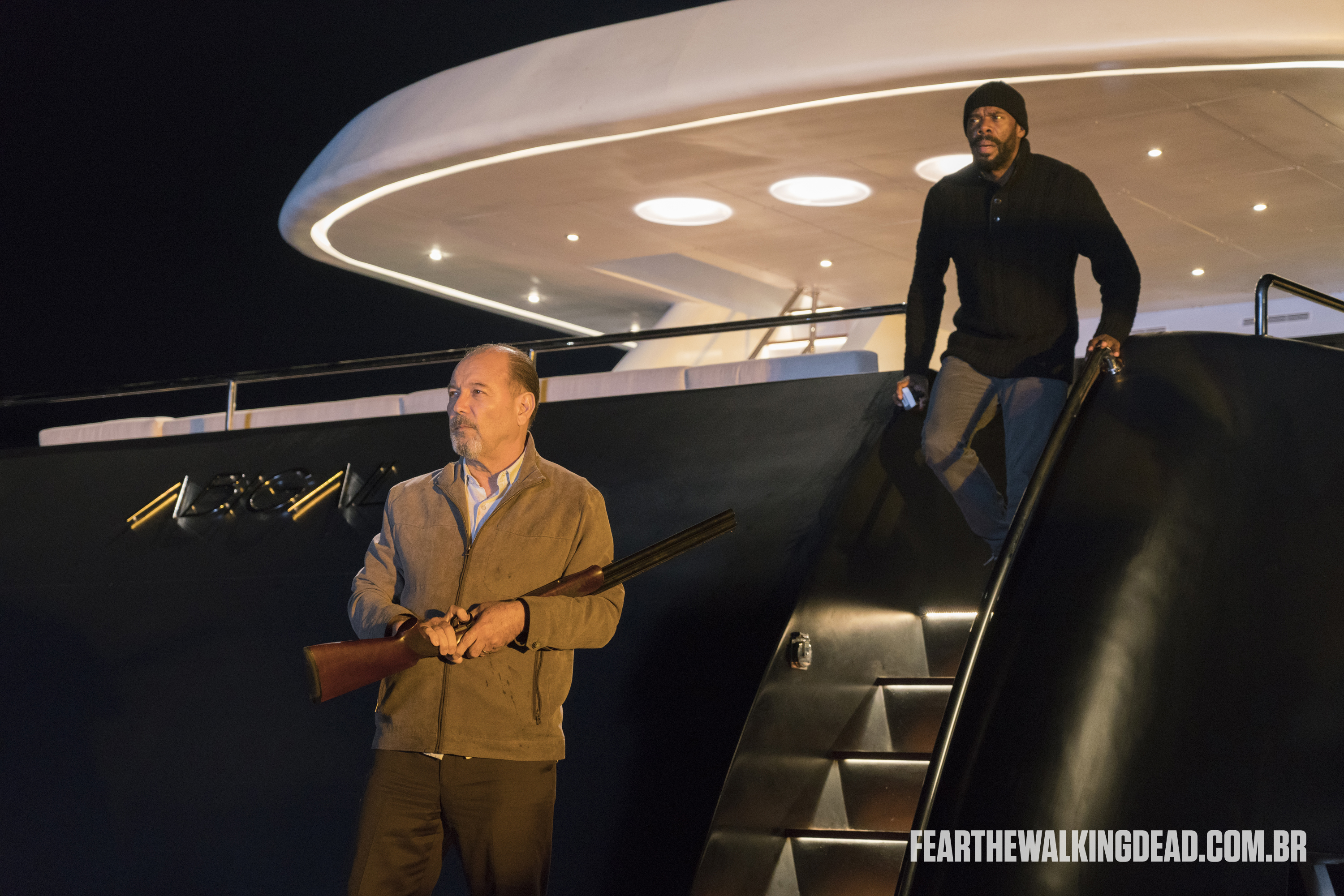 "Daniel Salazar e Victor Strand - Fear the Walking Dead S02E01 - ""No Safe Harbor"""