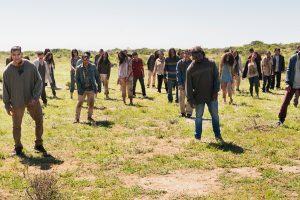 fear-the-walking-dead-s02e08-grotesque-comentarios