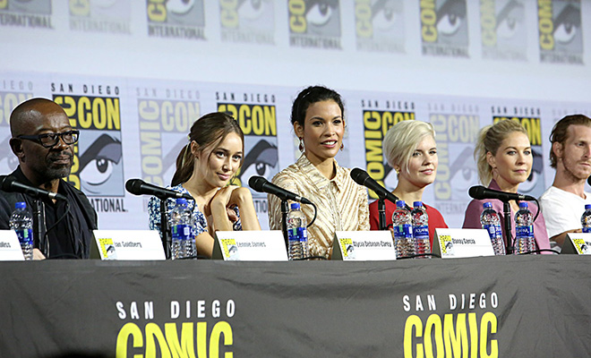 elenco de fear the walking dead no painel da san diego comic con 2019