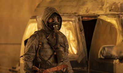 Will com roupa anti radiação deixando seu abrigo no episódio 1 da 7ª temporada de Fear the Walking Dead.